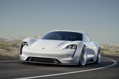 PORSCHE TO INVEST AROUND A BILLION EUROS - MORE THAN 1,000 NEW JOBS: GREEN LIGHT FOR MISSION E
