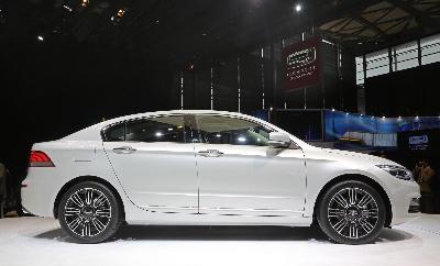Qoros 3 Sedan Collects Award For Most Beautiful Car In China