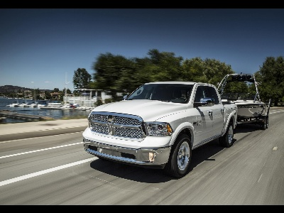 RAM TRUCK ANNOUNCES INDUSTRY'S BROADEST ALIGNMENT WITH SAE J2807 TOWING STANDARDS ACROSS ALL PICKUP TRUCK SEGMENTS