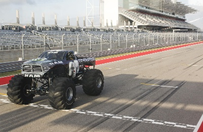 RAMINATOR MONSTOR TRUCK AND HALL BROTHERS RACING TEAM SHATTER GUINNESS WORLD RECORDS® RECORD