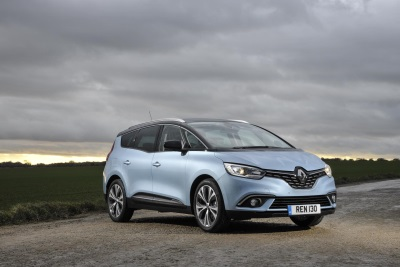 Renault Commended Twice In Auto Express New Car Awards 2017
