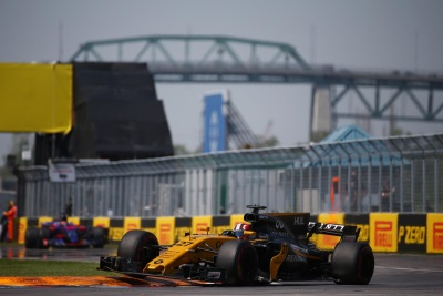 Strong Drives Lead To Points For Renault Sport Formula One Team In Canada
