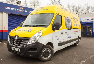 MAJOR ORDER SEES RENAULT MASTER GET A GRIP ON MICHELDEVER TYRE & AUTO SERVICES' LCV FLEET