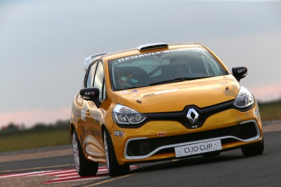 OPEN 'SAMPLER DAY' FOR RENAULT UK CLIO CUP JUNIOR TEAMS AND DRIVERS CONFIRMED