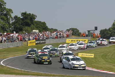 RENAULT UK CLIO CUP TITLE RACE HEADS NORTH-EAST FOR MORE PULSATING ON-TRACK ACTION