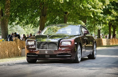ROLLS-ROYCE CELEBRATES RECORD FESTIVAL OF SPEED