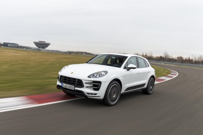PORSCHE SELLS NEARLY 21,000 CARS TO CUSTOMERS WORLDWIDE IN JUNE 2015