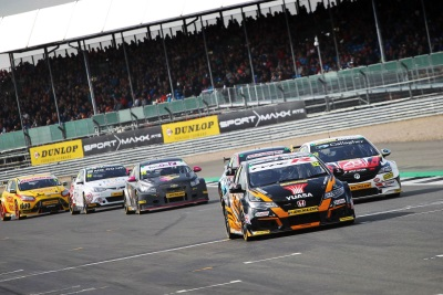 Neal Scythes Through Field For Spectacular Silverstone Success