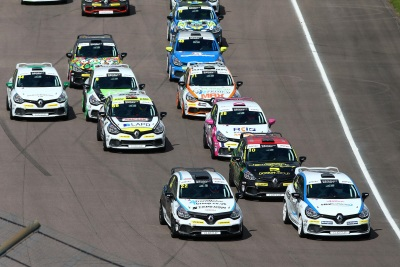 HIGH-SPEED WORLD FAMOUS SILVERSTONE NEXT STOP FOR INTENSE FOUR-WAY RENAULT UK CLIO CUP TITLE FIGHT