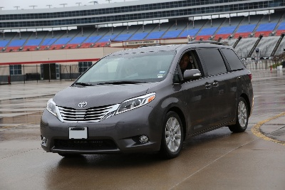 THE 'SWAGGER WAGON' STRUTS ITS STUFF AS 2015 SIENNA WINS FAMILY CAR OF TEXAS