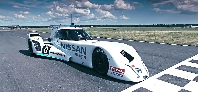 TOP GEAR TIME ATTACK IN THE NISSAN ZEOD RC