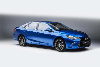 TOYOTA TO CREATE TURBULENCE IN WINDY CITY WITH SPORTY CAMRY AND COROLLA SPECIAL EDITIONS
