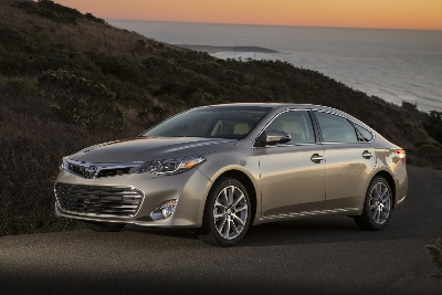 TOYOTA'S PRIUS V AND AVALON ON KELLEY BLUE BOOK'S LIST OF 10 BEST FAMILY CARS