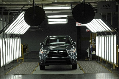 Toyota Indiana Launches the 2014 Highlander; Prepares for Hybrids and Exports