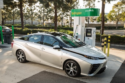 Toyota Mirai Hydrogen Fuel Cell Vehicle Makes East Coast Debut
