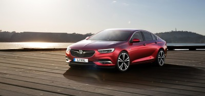 VAUXHALL'S ALL-NEW INSIGNIA GETS ALL-WHEEL DRIVE WITH TORQUE VECTORING