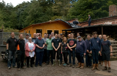 VAUXHALL HELPS 'UPROOT' AT ROYDEN PARK AS PART OF COMMUNITY PROGRAMME