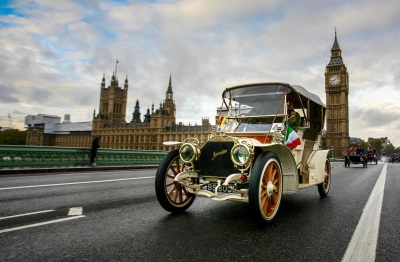 VETERAN AUTOMOBILES PREPARE FOR THEIR ANNUAL OUTING FROM LONDON TO BRIGHTON