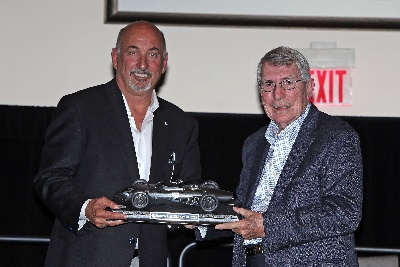 VIC ELFORD RECEIVES RRDC'S 2015 PHIL HILL AWARD
