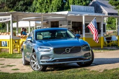 All-New Volvo S90 Wins Roadshow Editor's Choice Award