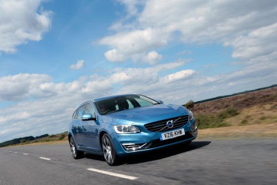VOLVO CAR UK'S LATEST TWIN ENGINE MODEL BUILDS ON ELECTRIC HYBRID SALES SUCCESS