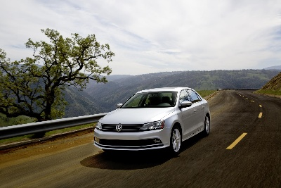 VOLKSWAGEN GROUP TO INVEST IN NEW PRODUCTS, INNOVATIVE TECHNOLOGIES AND GLOBAL PRESENCE