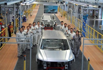 VOLKSWAGEN DE MÉXICO BUILDS THE FIRST TIGUAN LWB TEST BODY-IN WHITE