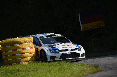 VOLKSWAGEN LEADS AMIDST DRAMA AT HOME ROUND OF THE WRC