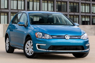 VOLKSWAGEN ANNOUNCES A NEW TRIM LINE FOR THE FULLY-ELECTRIC 2015 e-GOLF