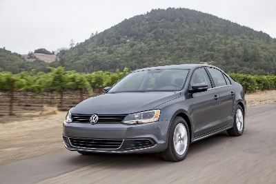 VOLKSWAGEN PASSENGER CARS BRAND DELIVERS 923,100 VEHICLES IN FIRST TWO MONTHS / +3.3 PERCENT