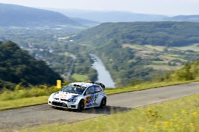 SWITCH TO ASPHALT SUCCESSFULLY MASTERED: VOLKSWAGEN OUT IN FRONT AT THE RALLY GERMANY SHAKEDOWN