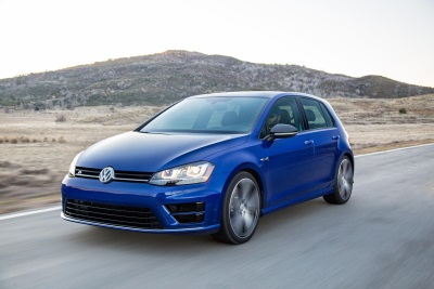 NEW VOLKSWAGEN 'UNLEASH YOUR RRRR' CAMPAIGN ALLOWS USERS TO DRIVE A VIRTUAL GOLF R WITH SOUND OF VOICE