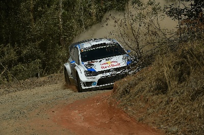 VOLKSWAGEN TRIO LEADS DOWN UNDER, DESPITE ADVERSE STARTING POSITIONS