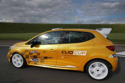 WDE MOTORSPORT LATEST TOP RENAULT UK CLIO CUP TEAM TO MAKE JUNIOR MOVE