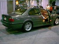 2001 BMW 740i image.