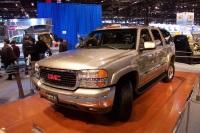 2003 GMC Yukon image.