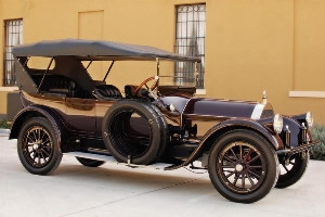 1915 Pierce-Arrow Model 48