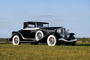 A one-off factory supercar and a host of outstanding pre-war American classics slated for Worldwide's 5th annual The Auburn Auction