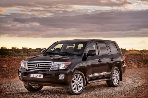 2013 Toyota Land Cruiser to Make North American Debut at Chicago Auto Show
