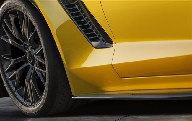 Chevrolet To Introduce 2015 Corvette Z06 At Detroit Show