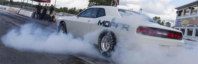 Mopar Previews 2015 Dodge Challenger Drag Pak Test Vehicle
