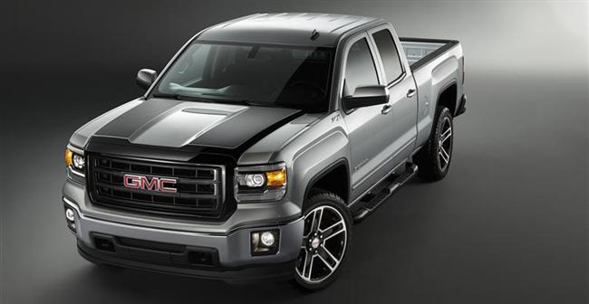2015 Sierra Carbon Editions Add Sporty Looks, Substance