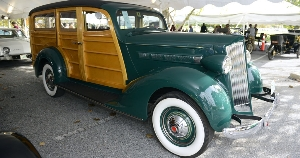 The Packard 115-C Six