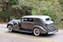 Packard 1605 Super Eight