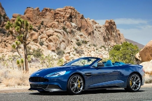 Aston Martin Vanquish Volante: The Ultimate Convertible Super GT