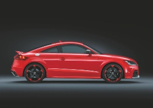 Even more dynamic: the Audi TT RS plus