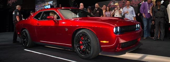 One-Of-A-Kind 2015 Dodge Challenger SRT Hellcat VIN0001 Raises $1.65 Million For Charity