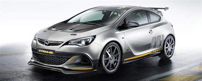 Uncompromisingly Sporty: New Opel Astra OPC EXTREME