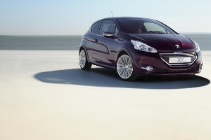 Peugeot 208 XY Concept: rban chic