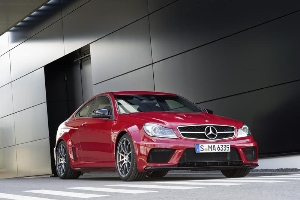 The Most Powerful C-Class of all Time : The new C63 AMG Coupe Black Series
